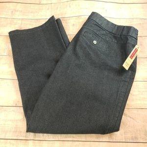 Khakis & Co.